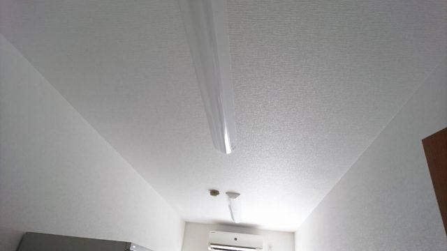 神戸市 工場⑩各部屋の照明取り付け及びスイッチ取り付け作業 東大阪市で業務用エアコンの取り付け工事は藤田電気工事にお任せ